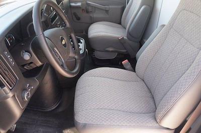 2021 Chevrolet Express 3500 DRW 4x2, Morgan Parcel Aluminum Cutaway Van #21CF0465 - photo 8