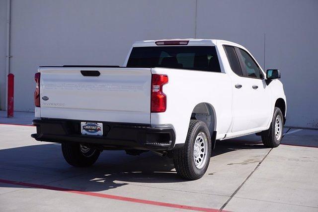 2021 Chevrolet Silverado 1500 Double Cab 4x2, Pickup #21CF0500 - photo 2