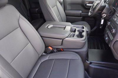 2021 Chevrolet Silverado 1500 Double Cab 4x2, Pickup #21CF0500 - photo 8