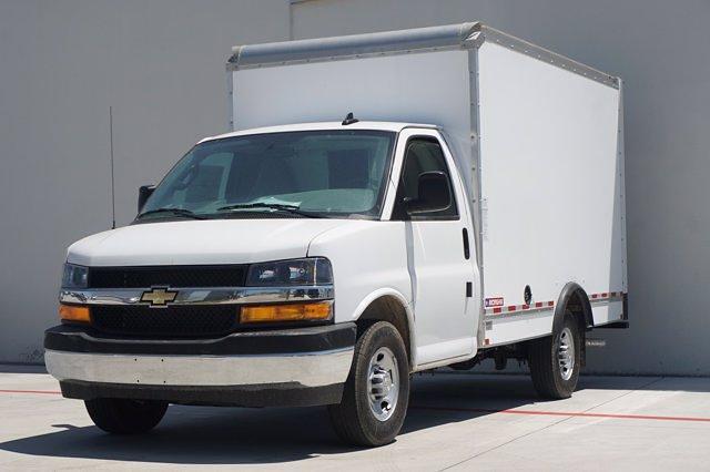 2021 Chevrolet Express 2500 4x2, Morgan Cutaway Van #21CF0513 - photo 3