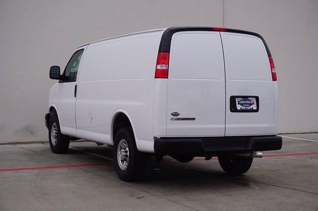 2021 Chevrolet Express 2500 4x2, Kargo Master HVAC Upfitted Cargo Van #21CF0516 - photo 4