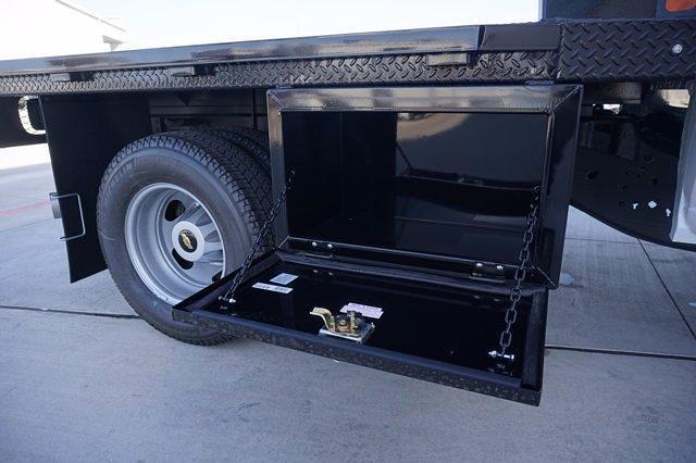 2021 Chevrolet Silverado 3500 Crew Cab 4x4, CM Truck Beds Dealers Truck Platform Body #21CF0685 - photo 19