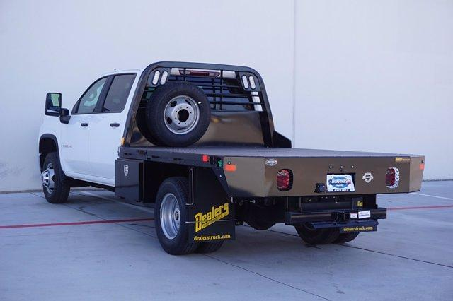 2021 Chevrolet Silverado 3500 Crew Cab 4x4, CM Truck Beds Dealers Truck Platform Body #21CF0685 - photo 4