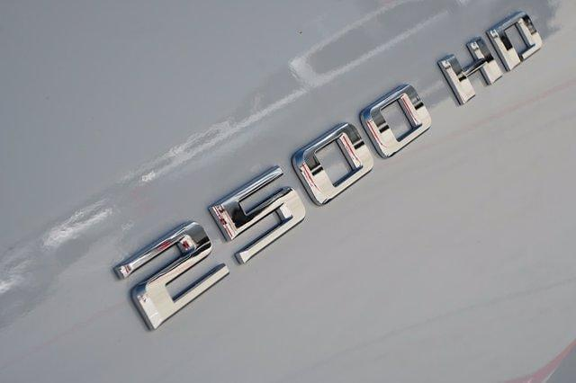 2021 Chevrolet Silverado 2500 Crew Cab 4x2, Pickup #21CF0705 - photo 8