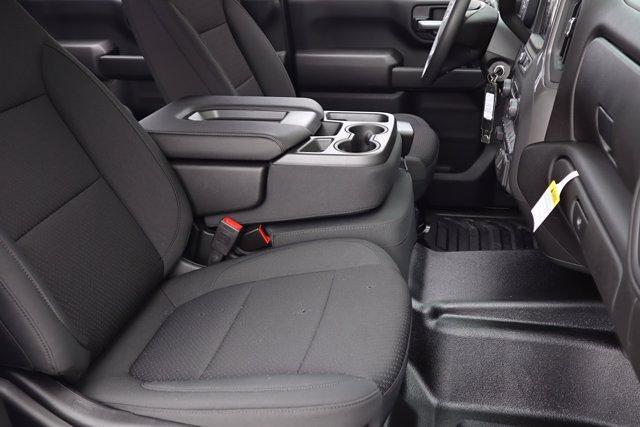 2021 Chevrolet Silverado 3500 Crew Cab 4x4, CM Truck Beds RD Model Platform Body #21CF0747 - photo 10