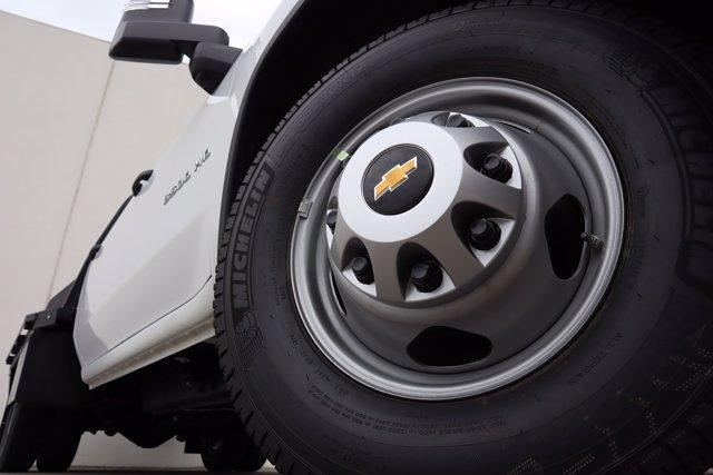2021 Chevrolet Silverado 3500 Crew Cab 4x4, CM Truck Beds RD Model Platform Body #21CF0747 - photo 7