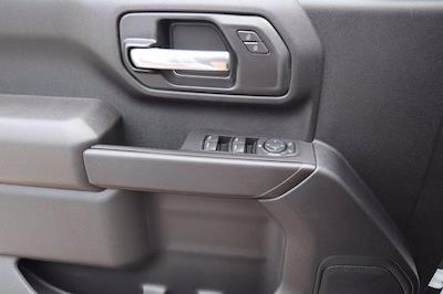2021 Chevrolet Silverado 3500 Crew Cab 4x4, CM Truck Beds RD Model Platform Body #21CF0747 - photo 17