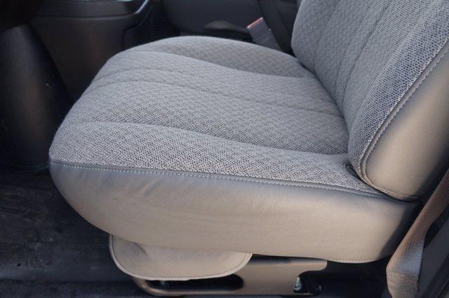 2021 Chevrolet Express 3500 DRW 4x2, Knapheide Cutaway Van #21CF0783 - photo 18