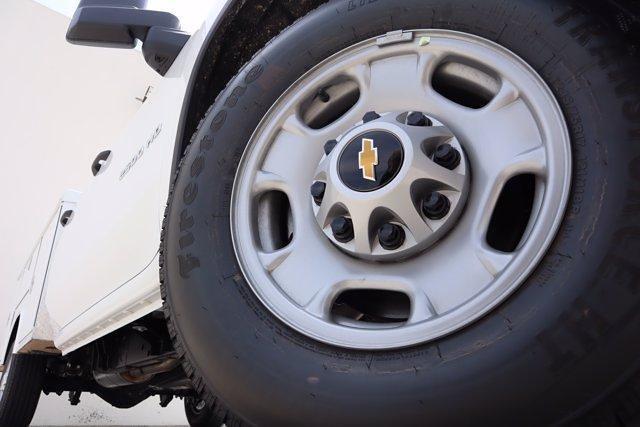 2021 Chevrolet Silverado 2500 Double Cab 4x2, Royal Truck Body Service Body #21CF0839 - photo 5