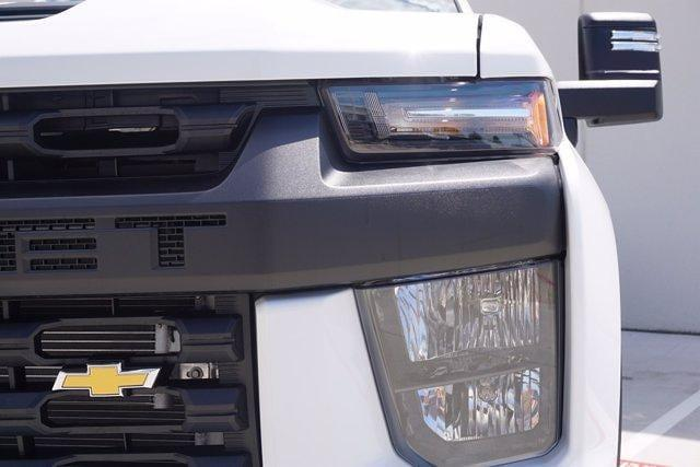 2021 Chevrolet Silverado 3500 Crew Cab AWD, Knapheide PGNB Gooseneck Platform Body #21CF0843 - photo 6