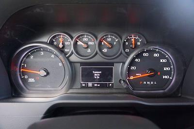 2021 Chevrolet Silverado 3500 Crew Cab AWD, Knapheide PGNB Gooseneck Platform Body #21CF0843 - photo 10