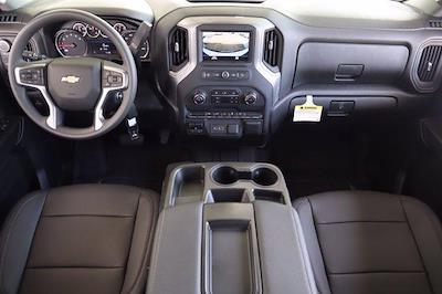 2021 Chevrolet Silverado 2500 Crew Cab 4x4, Pickup #21CF0907 - photo 18