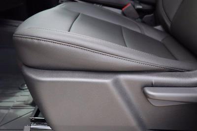 2021 Chevrolet Silverado 2500 Crew Cab 4x4, Pickup #21CF0909 - photo 18