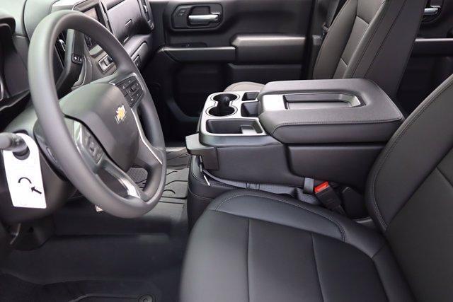 2021 Chevrolet Silverado 2500 Crew Cab 4x4, Pickup #21CF0911 - photo 6