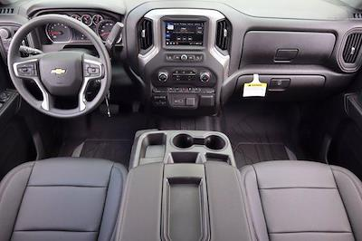2021 Chevrolet Silverado 2500 Crew Cab 4x4, Pickup #21CF0911 - photo 19