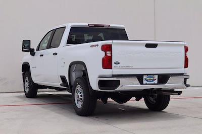 2021 Chevrolet Silverado 2500 Crew Cab 4x4, Pickup #21CF0911 - photo 2