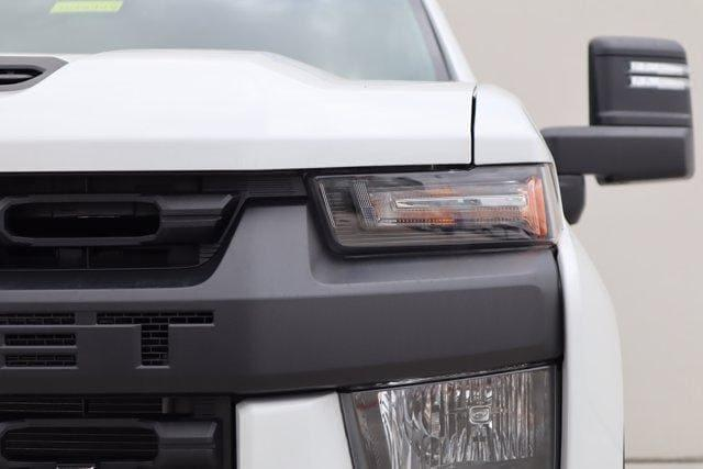2021 Chevrolet Silverado 2500 Crew Cab 4x4, Pickup #21CF0914 - photo 3