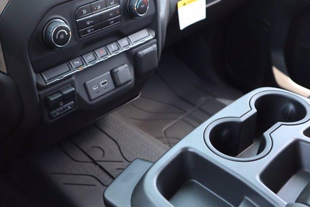 2021 Chevrolet Silverado 2500 Crew Cab 4x4, Pickup #21CF0918 - photo 18