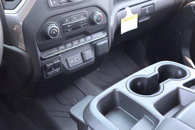 2021 Chevrolet Silverado 2500 Crew Cab 4x4, Pickup #21CF0920 - photo 18