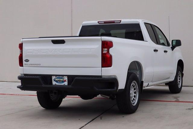 2021 Chevrolet Silverado 1500 Double Cab 4x2, Pickup #21CF0925 - photo 1