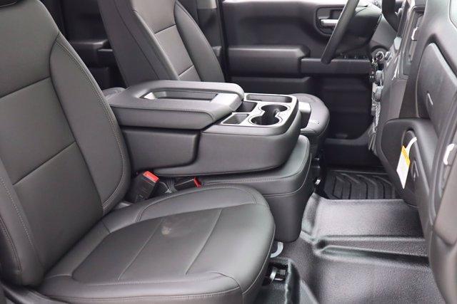 2021 Chevrolet Silverado 1500 Double Cab 4x2, Pickup #21CF0925 - photo 8