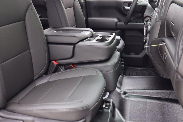 2021 Chevrolet Silverado 1500 Double Cab 4x2, Pickup #21CF0927 - photo 8