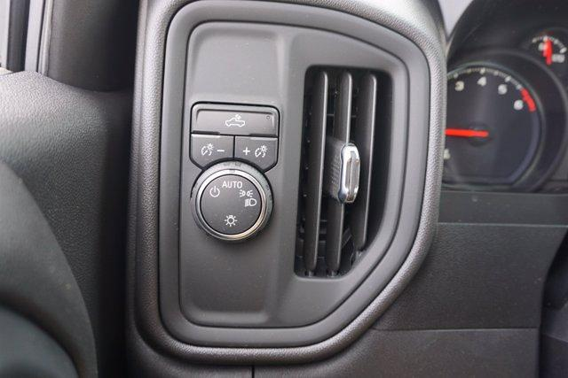 2021 Chevrolet Silverado 1500 Crew Cab 4x2, Pickup #21CF0935 - photo 16