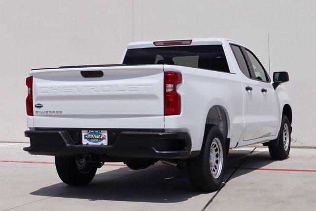 2021 Chevrolet Silverado 1500 Double Cab 4x2, Pickup #21CF0954 - photo 2