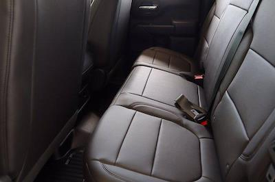 2021 Chevrolet Silverado 1500 Double Cab 4x2, Pickup #21CF0954 - photo 21