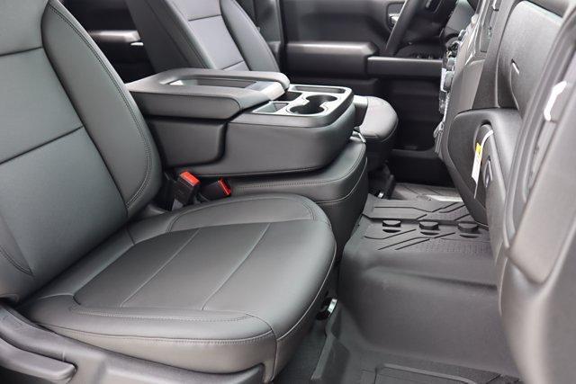 2021 Chevrolet Silverado 2500 Crew Cab 4x4, Pickup #21CF0972 - photo 10