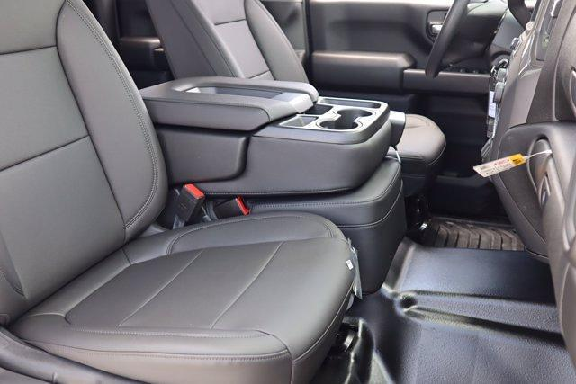 2021 Chevrolet Silverado 2500 Double Cab 4x4, Royal Truck Body Service Body #21CF1008 - photo 8