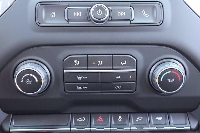 2021 Chevrolet Silverado 1500 Crew Cab 4x2, Pickup #21CF1029 - photo 16