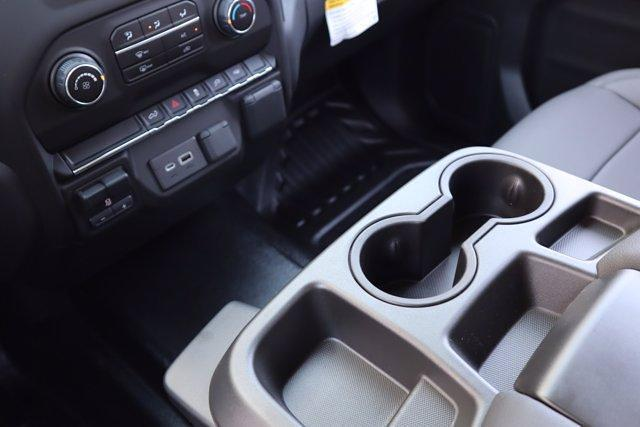 2021 Chevrolet Silverado 1500 Crew Cab 4x2, Pickup #21CF1029 - photo 17