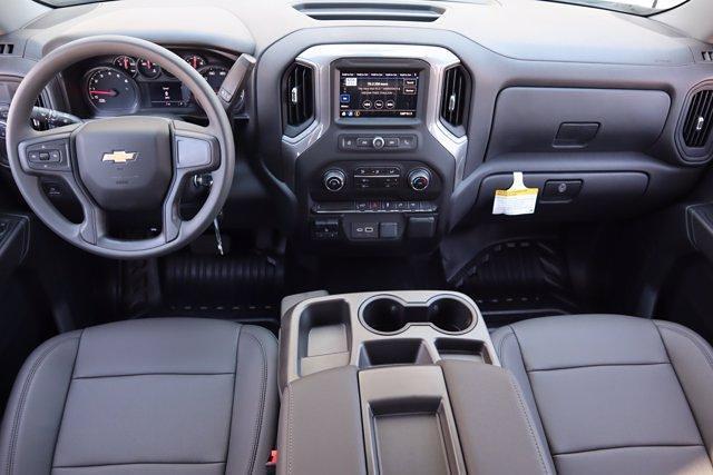 2021 Chevrolet Silverado 1500 Crew Cab 4x2, Pickup #21CF1029 - photo 20