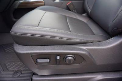 2021 Chevrolet Silverado 1500 Crew Cab 4x4, Pickup #21SL6153 - photo 16