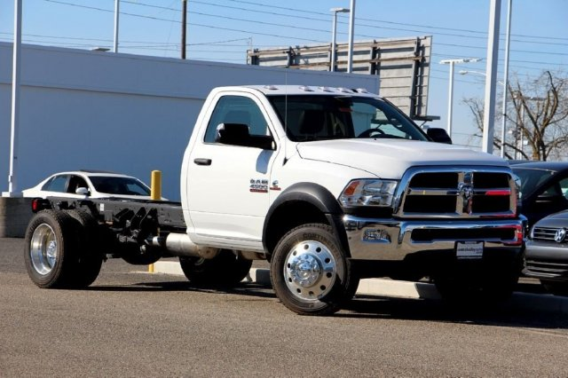 2016 Ram 4500 Regular Cab DRW, Cab Chassis #D5053 - photo 3