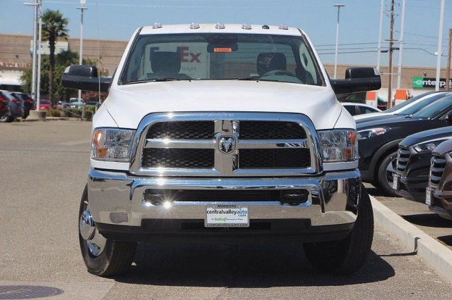 2016 Ram 3500 Regular Cab DRW, Cab Chassis #D5505 - photo 4