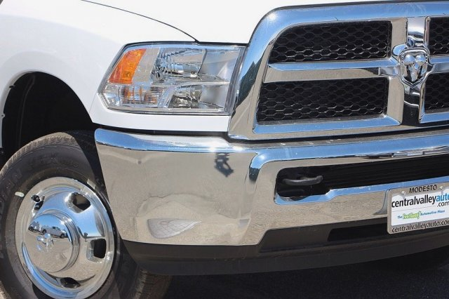 2016 Ram 3500 Regular Cab DRW, Cab Chassis #D5505 - photo 5