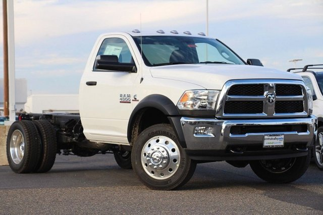 2018 Ram 4500 Regular Cab DRW 4x4,  Cab Chassis #D6206 - photo 3