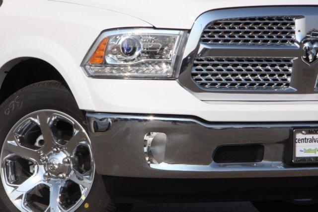 2018 Ram 1500 Crew Cab 4x4,  Pickup #D6708 - photo 3