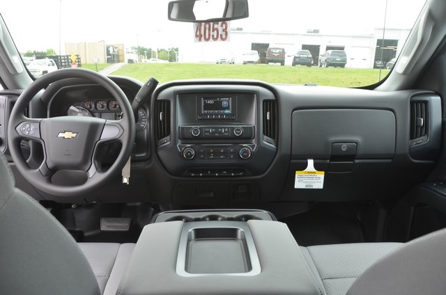 2016 Silverado 2500 Double Cab, Service Body #C60959 - photo 13