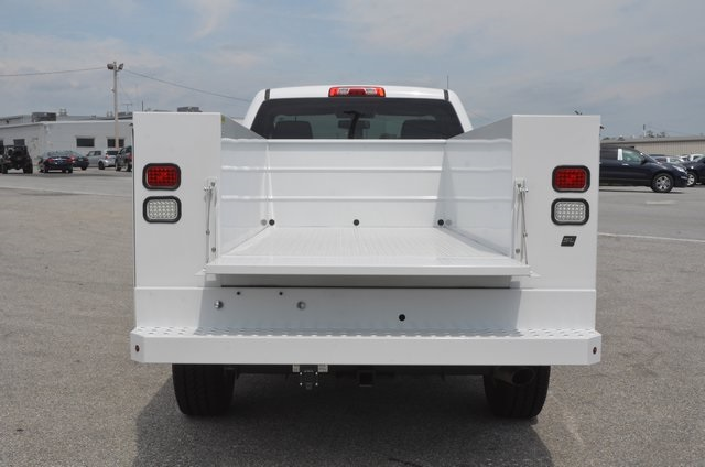 2016 Silverado 2500 Regular Cab 4x4, Service Body #C61464 - photo 5