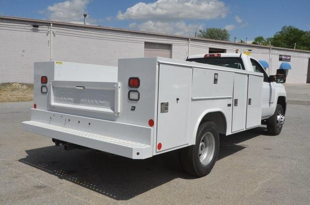 2017 Silverado 3500 Regular Cab, Reading SL Service Body Service Body #C72035 - photo 5