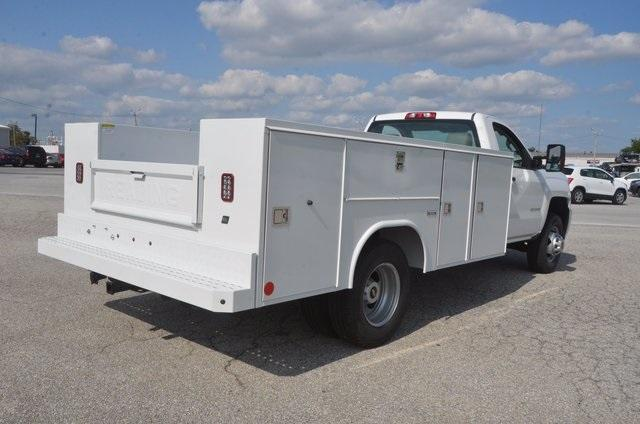 2017 Silverado 3500 Regular Cab DRW 4x4, Reading SL Service Body #C72662 - photo 5