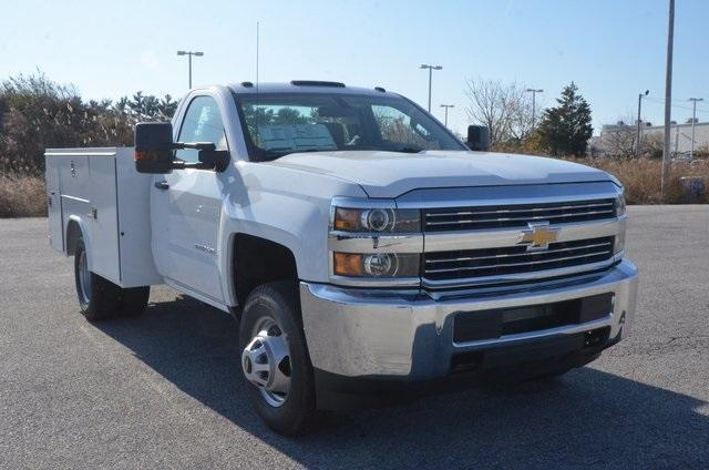 2017 Silverado 3500 Regular Cab DRW, Reading SL Service Body #C72978 - photo 8