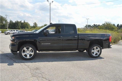 2018 Silverado 1500 Extended Cab 4x4 Pickup #C80123 - photo 3