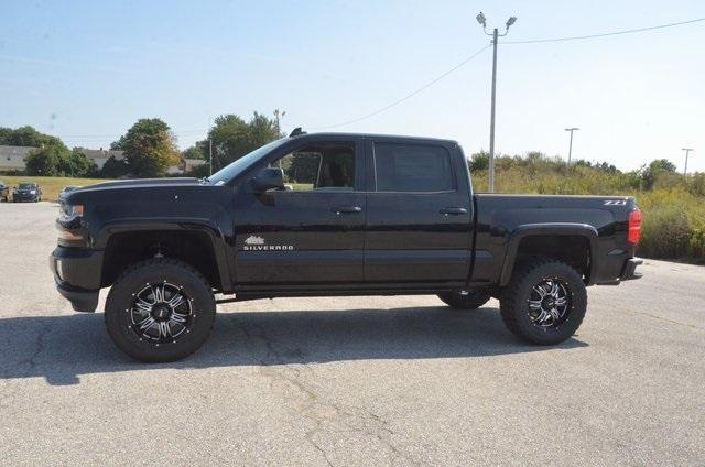 2018 Silverado 1500 Crew Cab 4x4 Pickup #C80234 - photo 3