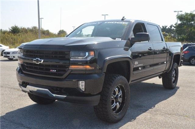 2018 Silverado 1500 Crew Cab 4x4 Pickup #C80234 - photo 1