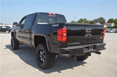 2018 Silverado 1500 Crew Cab 4x4 Pickup #C80234 - photo 2