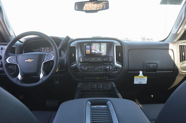 2018 Silverado 2500 Crew Cab 4x4 Pickup #C80289 - photo 9